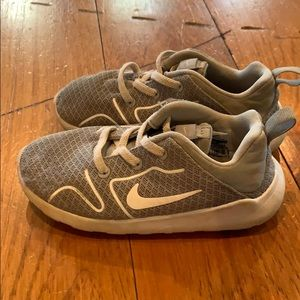 Nike sneakers for little boy. Great used condition
